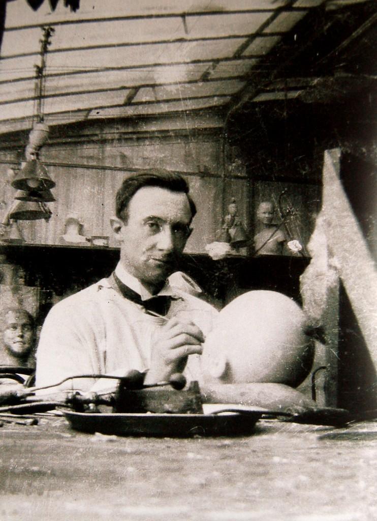 Clovis Trouille chez Pierre Imans vers 1930